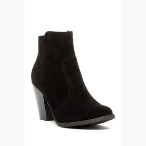 BRECKELLE'S Black Faux Suede 'Heather' Booties 11
